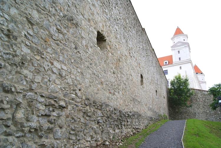 SONY DSC - bratislava castle