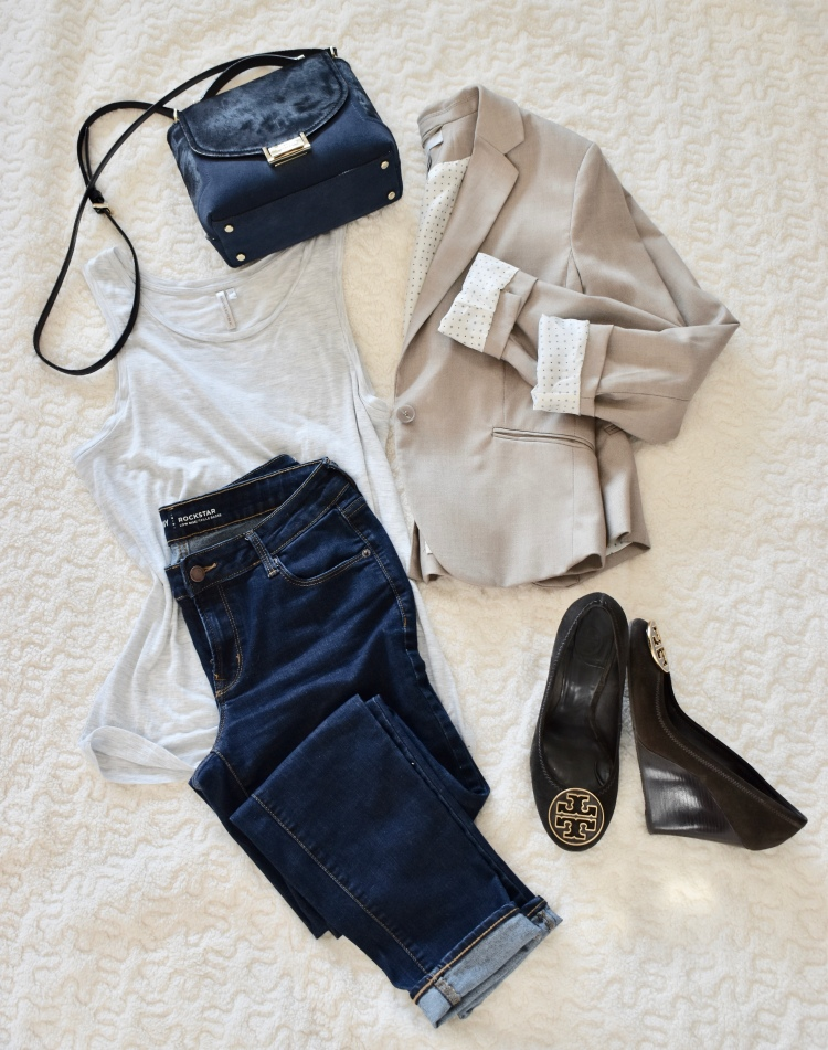 Fall Edit | H&M Blazer | Old Navy Jeans | Tory Burch Wedges | Banana Republic Tank | Kate Spade NY Crossbody Bag